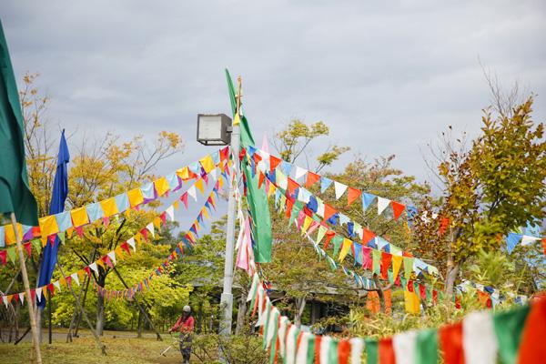 加賀温泉郷フェスは温泉と音楽が融合した野外フェスです。